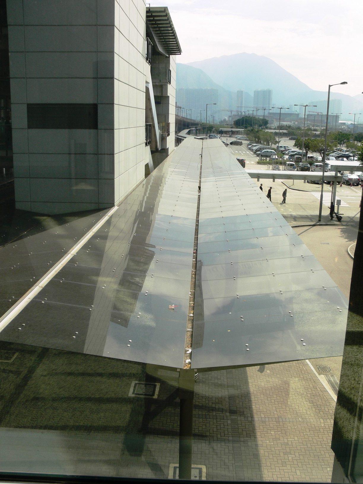 Aluminium Walkway, North Satellite Concourse, Hong Kong International Airport